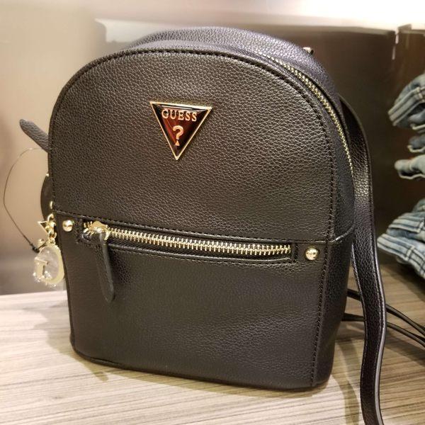 Guess迷你後背包 正面三角Logo標誌 經典款