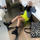 手工真皮大尺碼女鞋35~43 2020明星款龐克風帥氣鉚釘頭層牛皮方頭厚底中跟馬丁靴短靴子