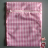 粉紅格子細網方型洗衣袋/30*40cm
