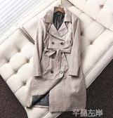 風衣外貿原單時尚女款知性格子風衣 氣質修身職業中長外套格子大衣女 芊墨左岸