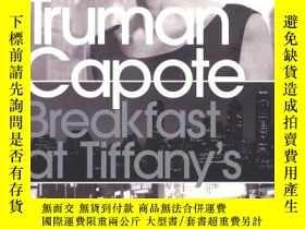 二手書博民逛書店Breakfast罕見at Tiffany s:WITH House of Flowers (Penguin Mo