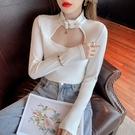 長袖T恤~掛脖打底衫女鏤空設計感高領修身緊身內搭上衣韓版復古HF211日韓屋