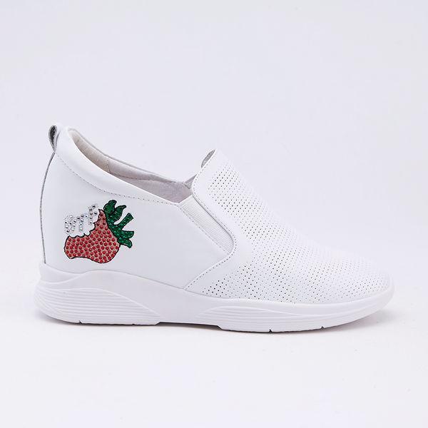 itabella.俏皮宣言 草莓造型內增高休閒鞋(9572-10白色)