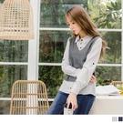 假兩件設計營造穿搭層次感,拼接條紋襯衫及針織背心 知性中帶出溫柔氣息
