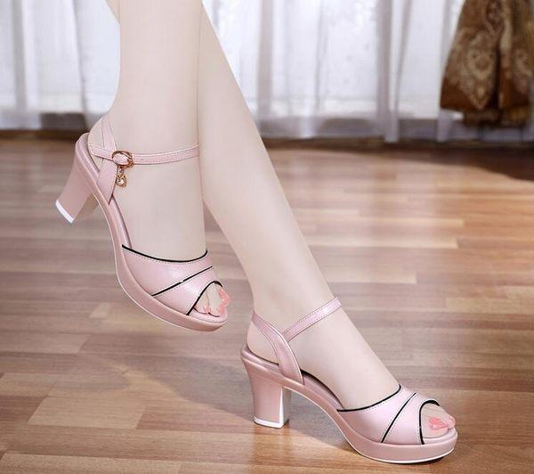 魚嘴鞋-粗跟涼鞋女夏天新款韓版真皮高跟鞋百搭一字扣帶魚嘴鞋女中跟 多莉絲旗艦店