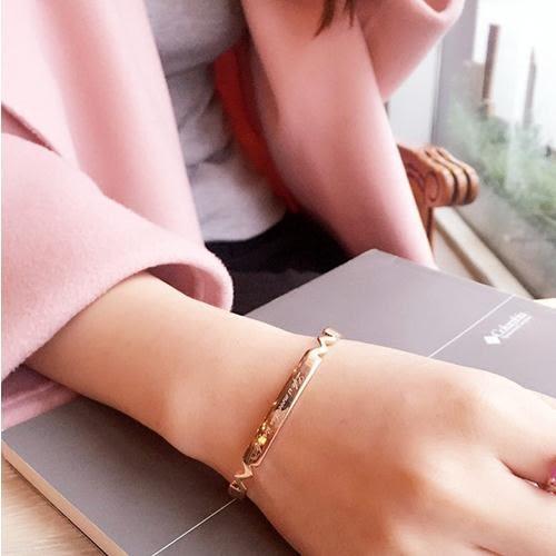 [24hr-快速出貨] 玫瑰金 字母 手環 手鐲 開口 金屬 氣質 百搭 韓 韓版 簡約 個性 閨蜜 流行 時尚