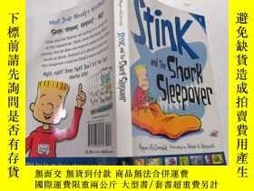 二手書博民逛書店Stink罕見and the shark sleepover臭味和鯊魚過夜.Y212829