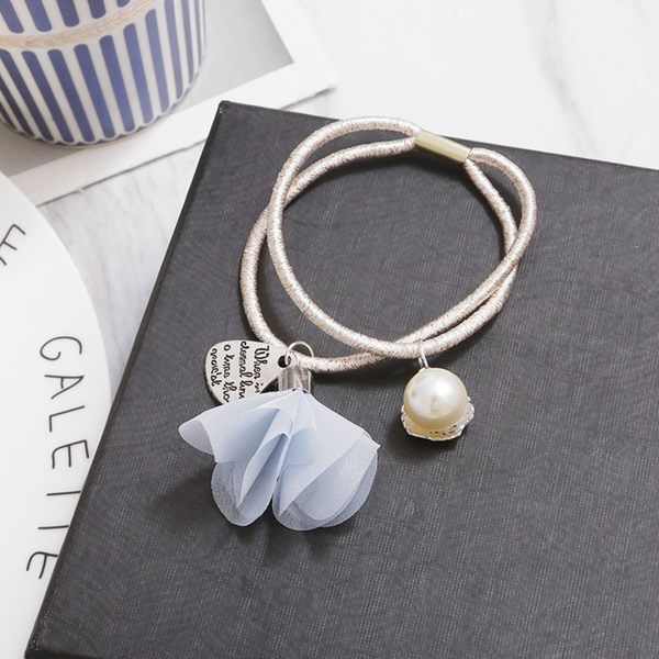 【O-ni O-ni】韓版女性布料髮圈珍珠花瓣造型款式彈力圈S925-35淺藍色