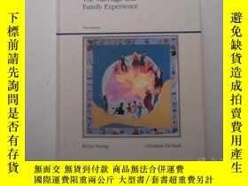 二手書博民逛書店The罕見marriage and family experie
