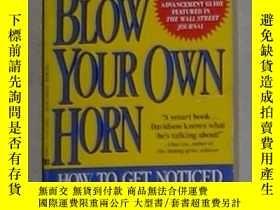 二手書博民逛書店英文原版罕見Blow Your Own Horn by Jeff