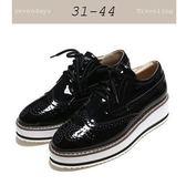 大尺碼女鞋小尺碼女鞋漆皮雕花松糕鞋樂福鞋厚底鞋休閒鞋牛津鞋黑色(31-4344)