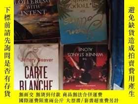 二手書博民逛書店Carte罕見Blanche: The New James Bo