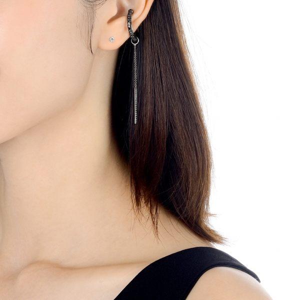 點睛品 Ear Play 18K閃耀黑鑽石開口式耳環