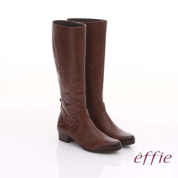 effie 都會風情 素色蠟感真皮低跟長靴 茶色