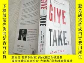 二手書博民逛書店GIVE罕見and TAKEY27327 Adam Grant