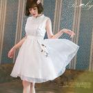 洋裝 中國風立領刺繡花朵綁帶無袖洋裝-R...