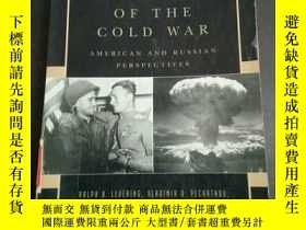 二手書博民逛書店DEBATING罕見THE ORIGINS OF THE COL