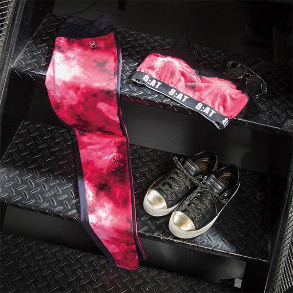 【8:AT 】運動內衣  M-XL(潑墨紅)(未滿2件恕無法出貨,退貨需整筆退)