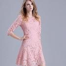 蕾絲洋裝-簍空修身收腰顯瘦七分袖連身裙2色72f19【巴黎精品】