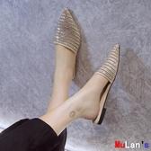 伊人閣 穆勒鞋 水鉆 包頭 半拖鞋 平底 低跟 穆勒鞋 外穿 尖頭涼拖