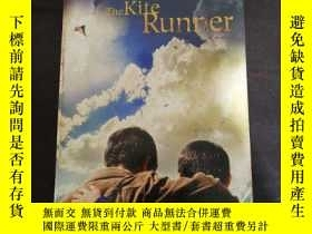 二手書博民逛書店英文原版罕見The Kite RunnerY254691