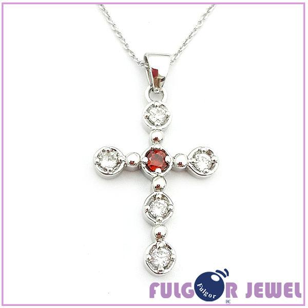 流行飾品 歐美流行款式 十字架造型 鋯石 項鏈【Fulgor Jewel】