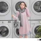 《DA6263》條紋荷葉拼接裙襬純色針織...