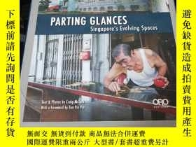 二手書博民逛書店Parting罕見Glances: Singapore s Ev