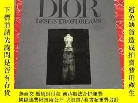 二手書博民逛書店Christian罕見Dior: Designer of Dre