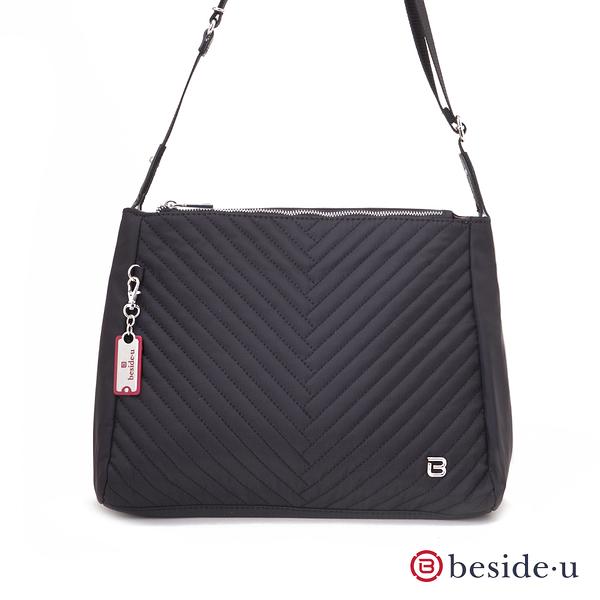 BESIDE-U Nutopia Oasis氣質線條雙拉鍊斜背包-黑