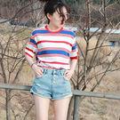 DE SHOP~韓版經典百搭寬鬆配色條紋卷邊短袖T恤女(T-488)均碼