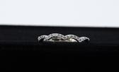 【御鑽利保】凡購買30分以上 一年內八折回收 一年後全折回收 波浪簡約系列 18K金鑽戒