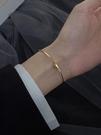 手鐲 手鐲女輕奢精致閨蜜手鏈2021年新款潮ins小眾設計簡約手飾【快速出貨八折搶購】