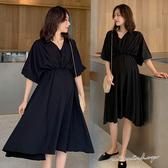 孕婦裝 MIMI別走【P521172】法式優雅 V領彈力收腰連身裙 孕婦洋裝