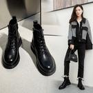 寬楦設計真皮女鞋34~39 2020歐美精典款百搭頭層牛皮繫帶圓頭低跟馬丁靴 機車靴 短靴靴 ~黑色