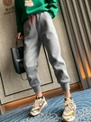 2021秋冬季新款加絨運動褲女寬鬆束腳衛褲灰色加厚棉褲休閒哈倫褲 貝芙莉