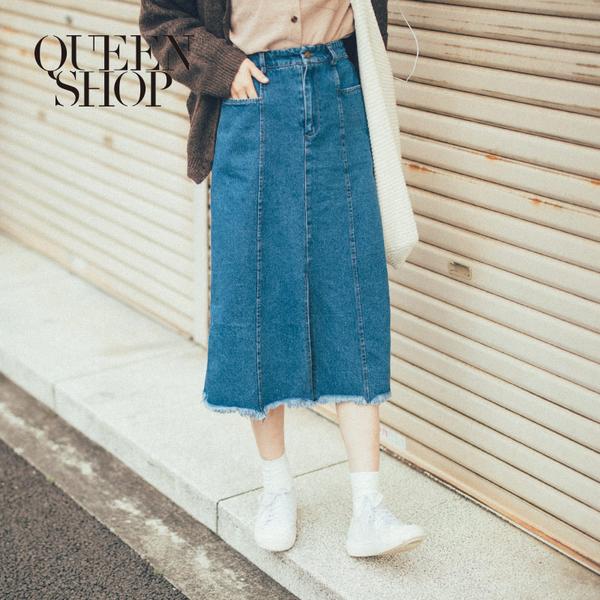 Queen Shop【03020577】高腰開岔抽鬚牛仔裙 S/M/L*現+預*