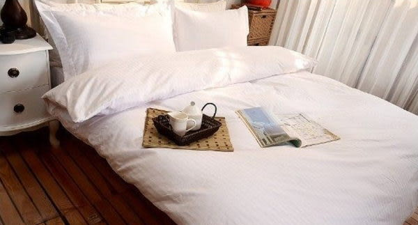 單品--五星級飯店-緹花白、100%精梳、純棉、台灣製【6X7冬薄被套】單品