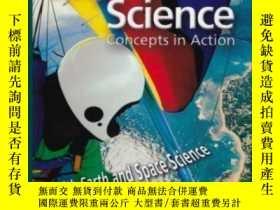 二手書博民逛書店Physical罕見Science: Concepts In Action; With Earth And Spa