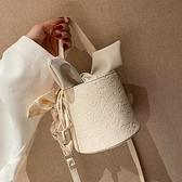 夏季包包新款2021網紅時尚單肩女包高級感洋氣斜挎百搭ins水桶包 茱莉亞