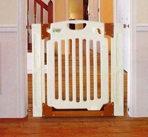 *粉粉寶貝玩具*最優質居家安全設施-Baby Gate多柵欄安全門欄.活動式雙向自動回扣
