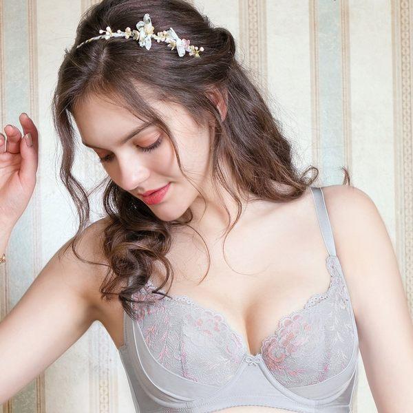 EASY SHOP-歐漾花翩  大罩杯C-F罩內衣(迷情灰)