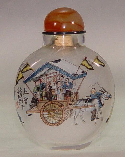 居家開運典藏水晶內畫-鼻煙壺【赴會-人物】( 精工內畫、薄胎、瑪瑙蓋)