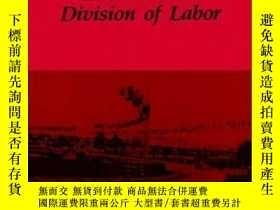 二手書博民逛書店Women,罕見Men, And The International Division Of LaborY25