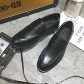 樂福鞋男透氣秋季亮面漆皮黑色一腳蹬小皮鞋男豆豆鞋休閒英倫潮鞋   伊衫風尚