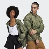 【12周年慶跨店折後$2580】ADIDAS ORIGINALS 軍綠 外套 風衣 連帽 輕量 休閒 運動 男女款 GD3554