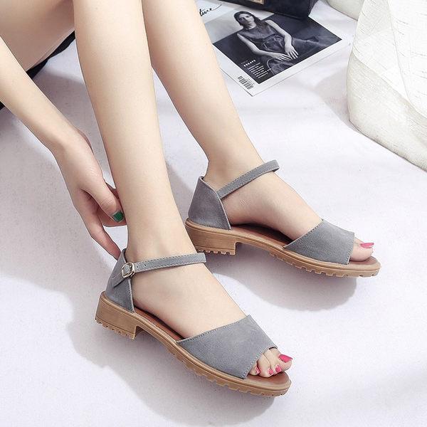 涼鞋女新款韓版百搭時尚低跟涼鞋女士鞋子粗跟一字帶羅馬鞋  蓓娜衣都