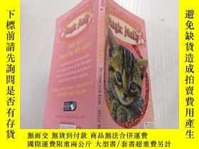 二手書博民逛書店the罕見clever little kitten: 聰明的小貓Y212829