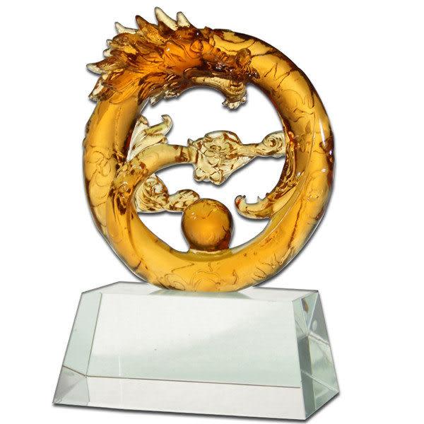 居家開運水晶琉璃-圓滿龍耀-含水晶座-獎牌 擺飾 ◆附精美包裝◆免運費送到家