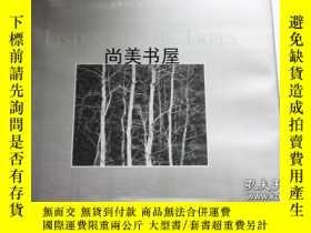 二手書博民逛書店【罕見】1994年出版 Listen to the Trees 簽名本(46)Y163224 John Sex